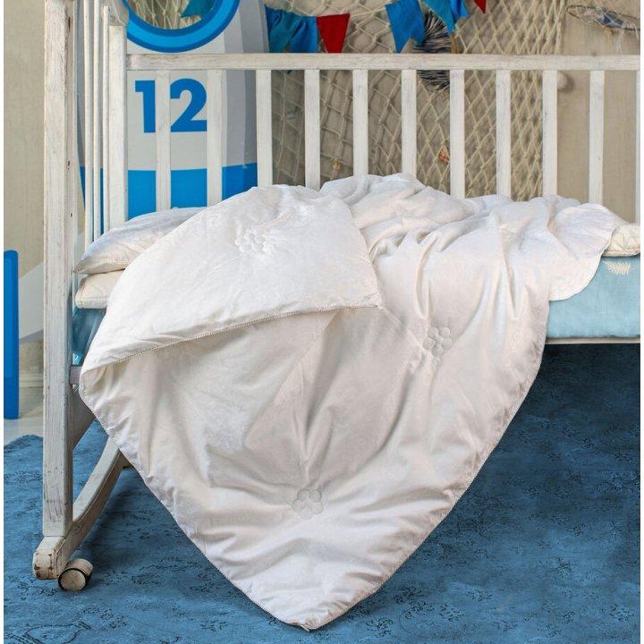 Одеяло детское шелковое всесезонное «Comfort Premium Baby» (110х140 см, наполнитель: 100% шелк Mulberry, высшая категория; чехол: жаккард, 100% хлопок; цвет: белый)