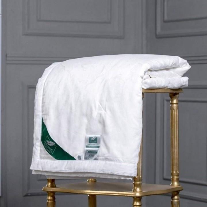 Одеяло шелковое всесезонное «Flaum Eleganz Kollektion» (150х200 см; наполнитель: 100% шелк; чехол: жаккард, 55% тенсель, 45% хлопок)