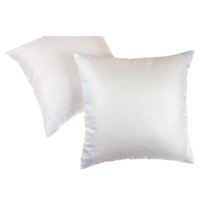 Декоративная наволочка «Elisa» (цвет: белый/кремовый, 42х42 см, сатин)