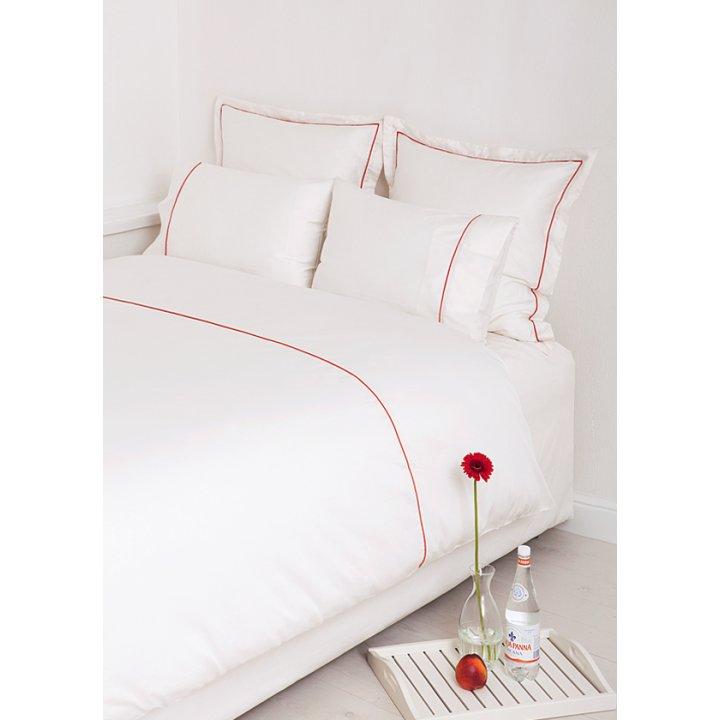 Наволочка «Hotel Lux» (цвет: экрю/терракотовый, 70х70 см, сатин)