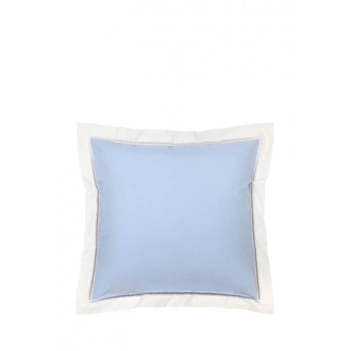 Наволочка «Весенний сад» (цвет: голуюой/экрю, 70х70 см, перкаль)