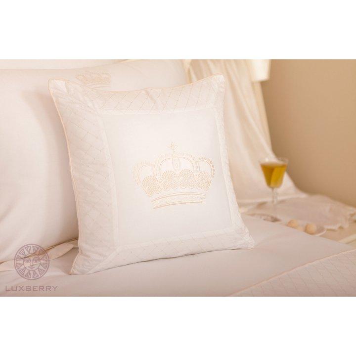 Декоративная наволочка «Queen» (цвет: белый/бежевый, 42х42 см, сатин)
