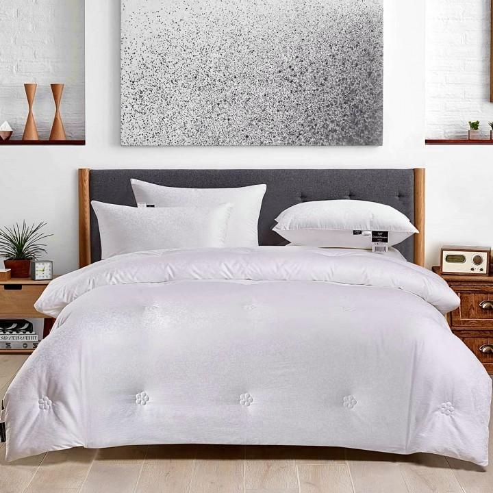 Одеяло шелковое теплое «Comfort Premium» (150х210 см; наполнитель: 100% шелк Mulberry, высшая категория; чехол: жаккард, 100% хлопок)